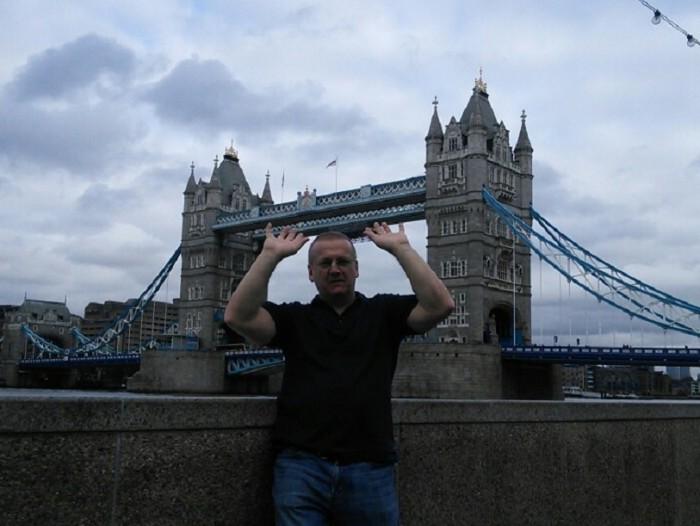Treasure hunt - Tower Bridge London